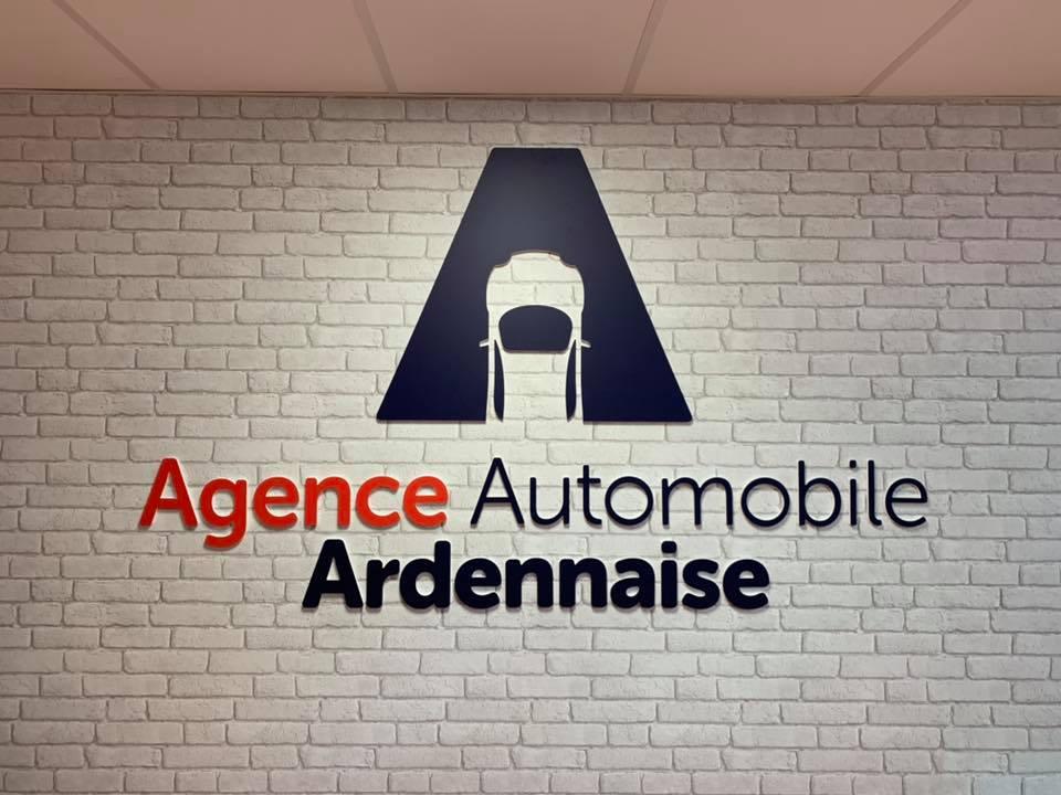 Enseigne agence automobile